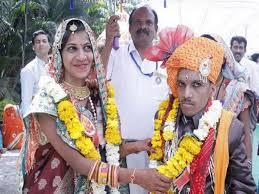 Photo of रायपुर : विवाह प्रोत्साहन राशि से दिव्यांग जोड़ों को मिली बड़ी राहत : दो माह में 92 जोड़ों को 58 लाख का भुगतान